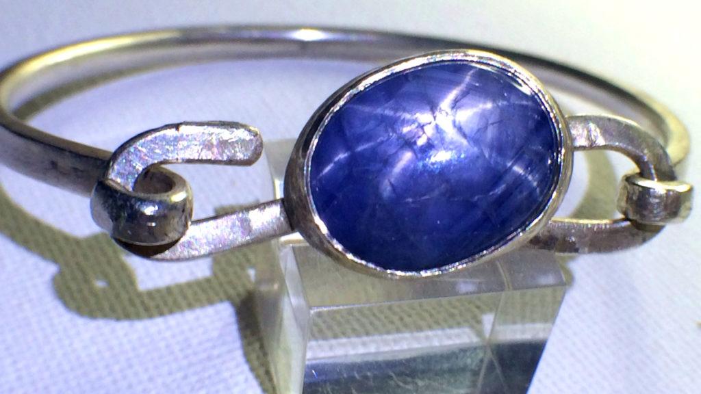Blue star Sri-Lanka sapphire