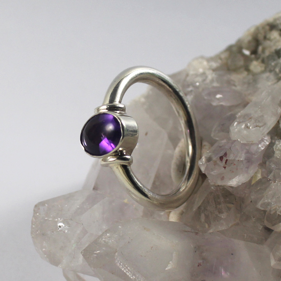 6x8mm amethyst buff-top oval mixed facet ring