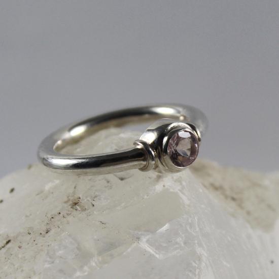 pink beryl morganite silver ring jewelry