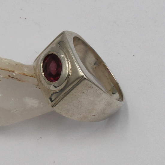 fat chunky garnet gemstone silver ring