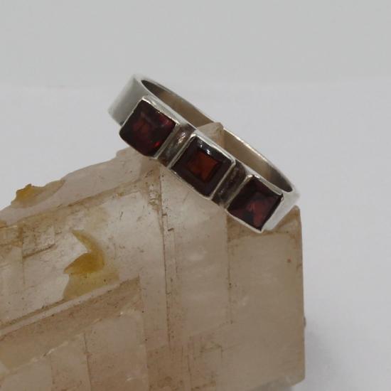 garnet facet silver jewelry ring