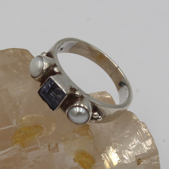 pearl and iolite silver ring