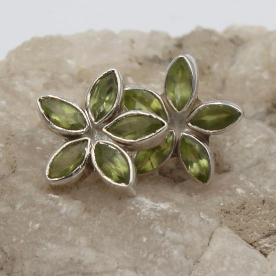 faceted peridot jewelry stud earrings star