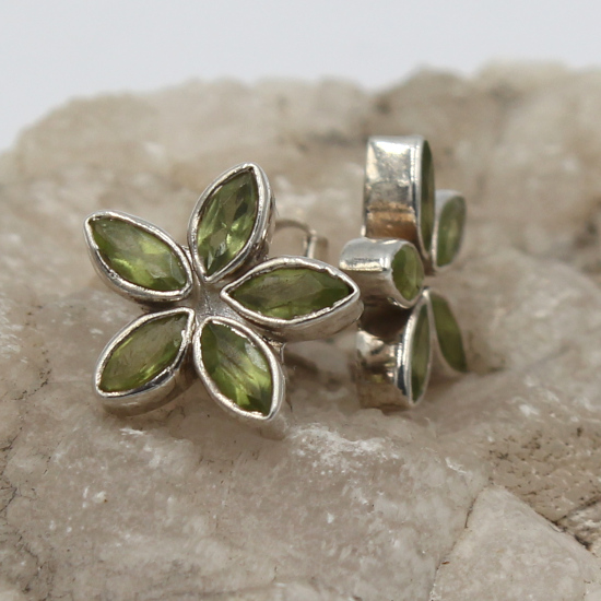 natural peridot oval faceted stud flower earrings
