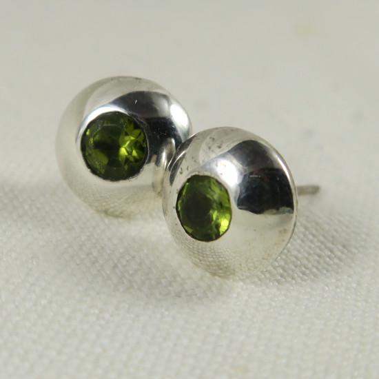 round peridot stud earring jewelry