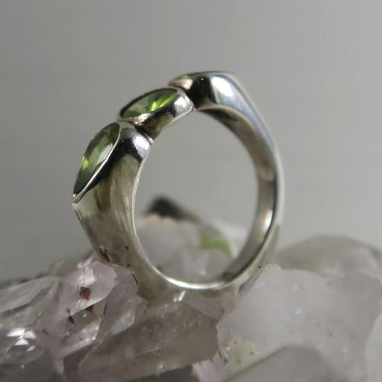 natural peridot ring jewelry