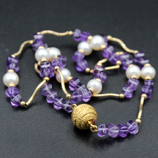 6mm white pear and amethyst gold necklace