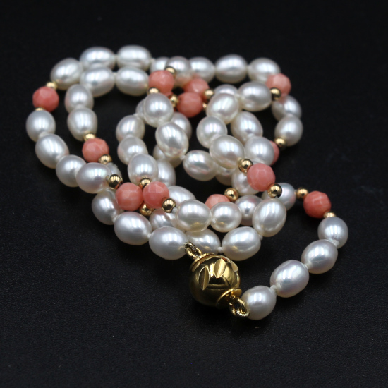 potato pearl necklace with coral beads