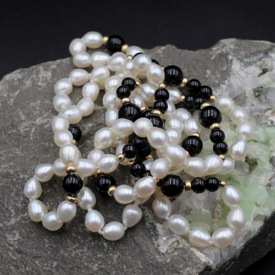 6mm cultured potato pearl necklace with onyx beads
