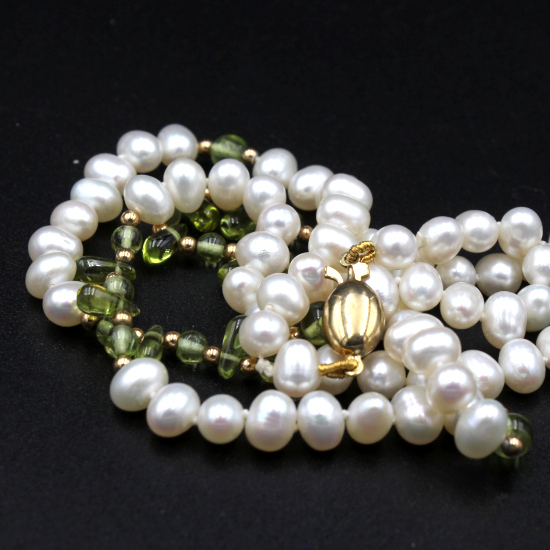 cultured potato pearl and peridot necklace with rolled gold clasp