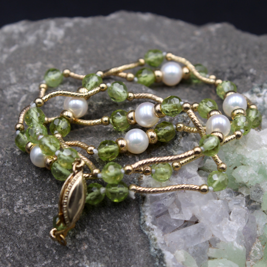 peridot and pearl necklace with gold spacers and rolled gold clasp